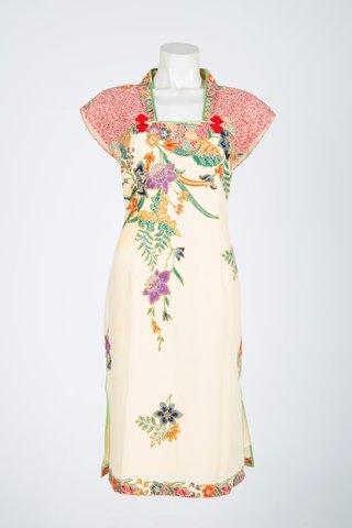 60225 Qi Pao Kimono neckline        Size : XL
