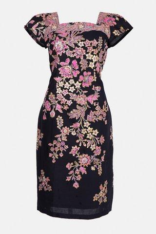 0053 Dress, Square neckline  Size : L