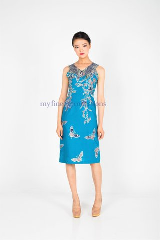 "20218  Dress with ""V"" neckline            Size : S to 2XL"