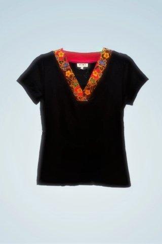 """0064 Blouse, Knit """"V"""" neckline  SKU: K3000009 Size : L"""