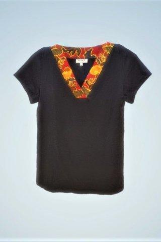 """0064 Blouse, Knit """"V"""" neckline  SKU: K3000011 Size : L"""