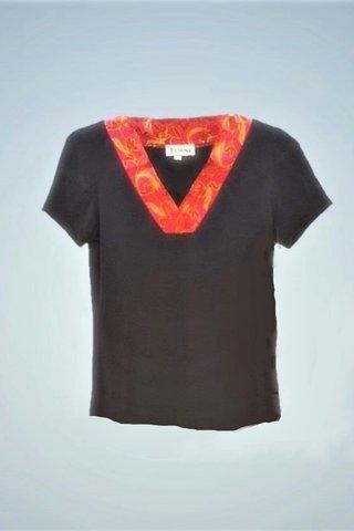 """0064 Blouse, Knit """"V"""" neckline  SKU: K1000001 Size : S"""