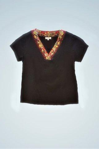 """0064 Blouse, Knit """"V"""" neckline SKU: K6000024 Size : 3XL"""